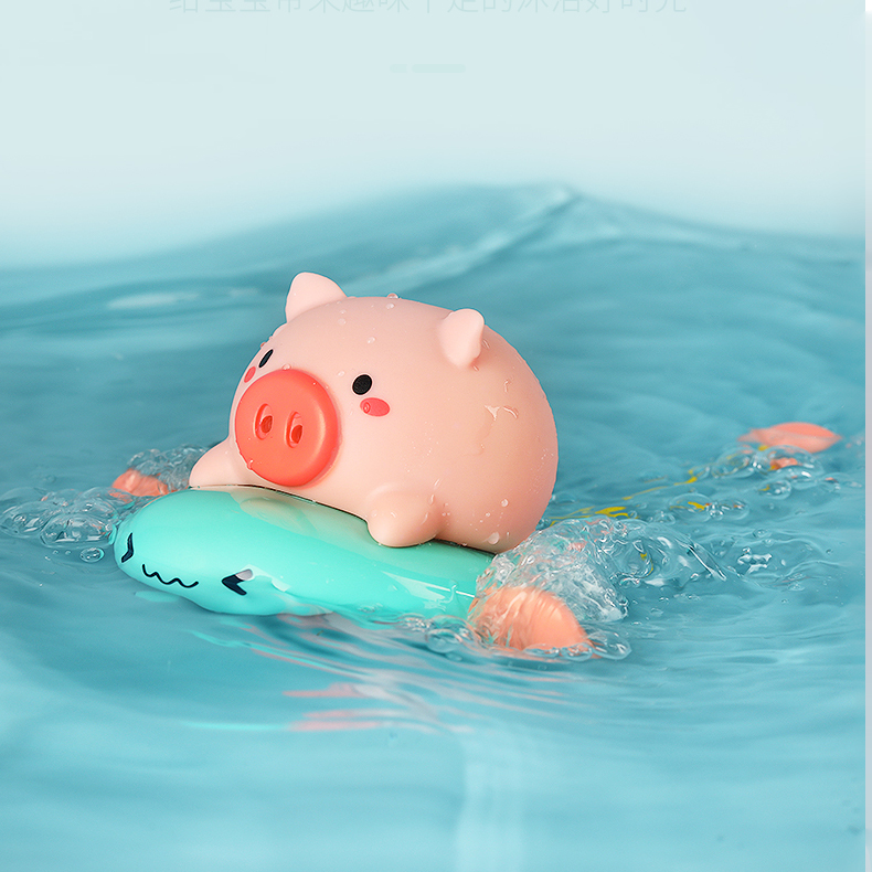 Заводная игрушка для ванной Свинка на ките Anbebe YB1783D