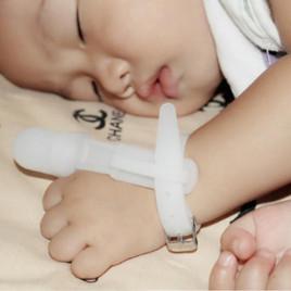 Силиконовый чехол на большой палец BabyDan BPA-B1